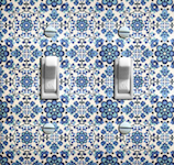 Retro Blue and White Wallpaper Double Options